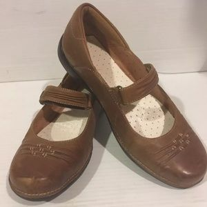 Tan Mary Janes unstructured